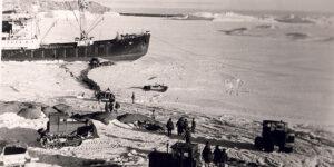 Українці у складі радянських антарктичних експедицій